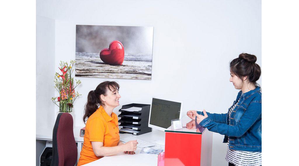 Foto zur Seite: Kontakt – Zentrum für Zahn & Chirurgie in Langen